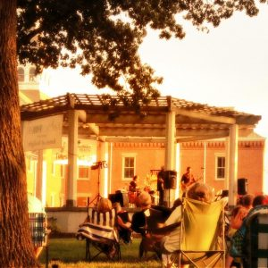 tunes at twilight on the courthouse gazebo