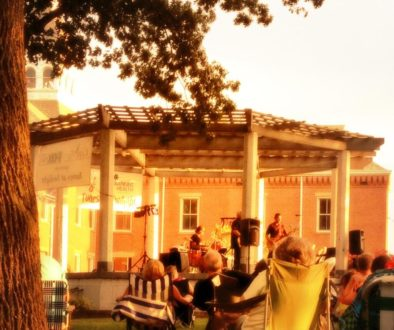 tunes at twilight on the courthouse gazebo